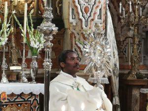 Adoración Eucarística @ Basílica de Nuestra Señora de las Angustias